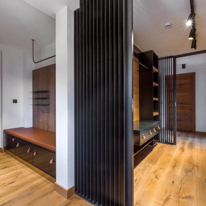Apartmán Špindlerův Mlýn – Zádveří a šatna