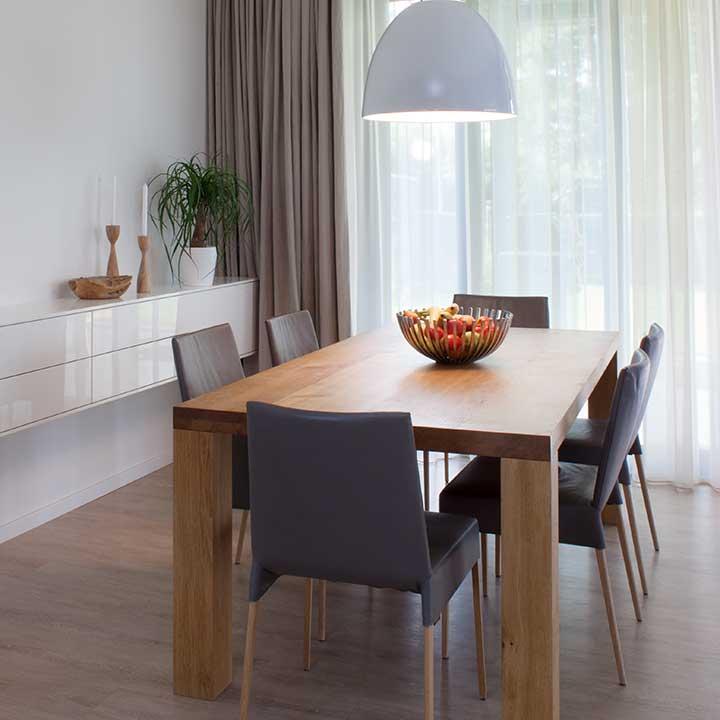 kategorie jídelny a jídelní stoly